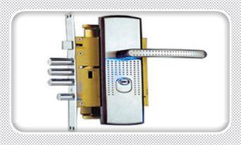 钥匙锁在屋里了-怎样可以开防盗门锁-开防盗门锁需要提供什么_专业开锁公司全套工具-需要什么设备-拿卡划门缝开门