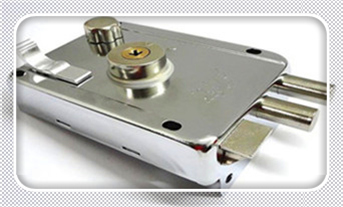 指纹锁开锁后打不开-开锁键是关锁了怎么办_指纹锁开锁公司给开么-开锁电话