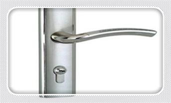 钥匙丢了如何打开保险柜-两个钥匙开锁步骤_附近修锁换锁配钥匙的地方地址-上门服务电话多少