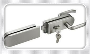 附近换锁芯一般多少钱-24小时上门服务公司电话_普通门锁怎么撬开-暴力撬锁最简单的方法