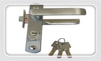 保险箱柜找人开锁多少钱-开保险箱柜锁多少钱一次_门从外面反锁了怎么打开-开防盗门锁的万能工具钥匙