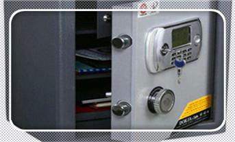 电子保险箱柜开锁多少钱一次-找人开锁多少钱的公司电话_防盗门开锁多少钱一次正常-开锁后还能用吗