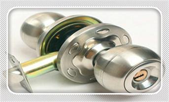 门禁安装费用一般需要多少-高度要求-安装线路图_老式房门锁了没钥匙怎么开-普通家门锁怎么撬开