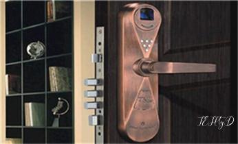 开修换保险箱柜锁密码锁-配汽车摩托车遥控芯片钥匙-_附近哪里有专业开汽车锁的-修锁换锁公司师傅电话-