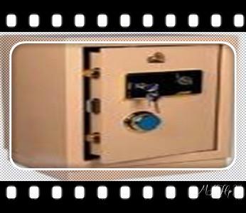专开汽车锁公司师傅电话-配汽车遥控芯片智能钥匙-_开摩托车-汽车锁-匹配遥控芯片钥匙-公司师傅电话-